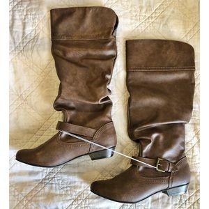 NWT Mossimo Kaylor Boots Size 8 - Cognac Brown